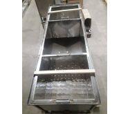 Стол для распечатывния сот 1,5м. с двумя ящиками