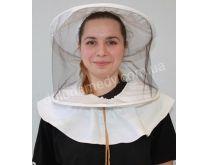 Маска пчеловода с вшитыми кольцами, с цельной чёрной сеткой. Ткань бязь отбеленная. Состав: 100 % хлопок.